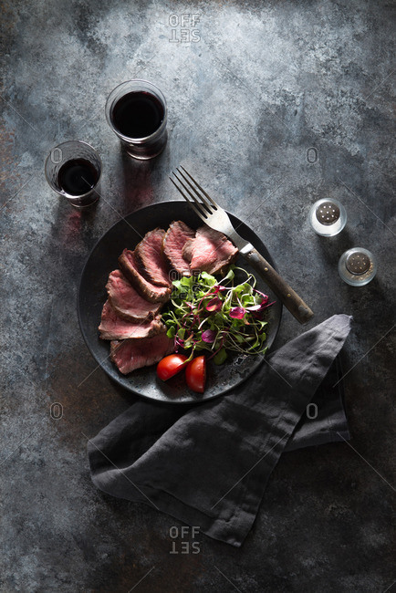 Steak and Salad Appetizer