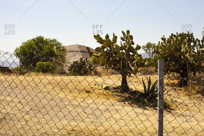 View through a fence of Teotihuac�n pyramid in San Juan Teotihuacan de Arista, Mexico
