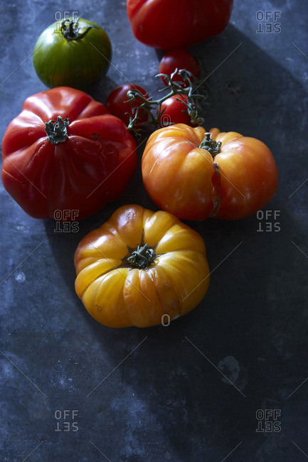 A variety of fresh whole tomatoes