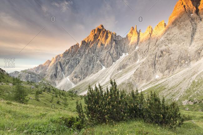 The Popera mountain group in the Sesto Dolomites from the refuge Berti, Vallon di Popera, Veneto
