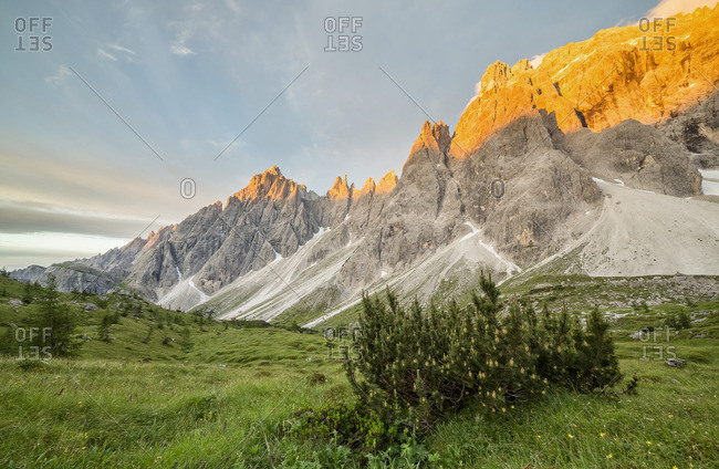 The Popera mountain group in the Sesto Dolomites from the refuge Berti, Vallon di Popera, Veneto