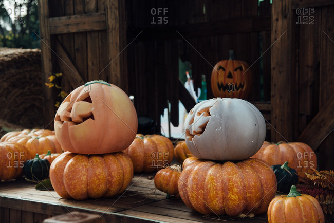 Displace of fake and real carved pumpkins for Halloween