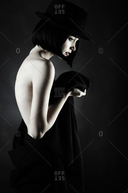 Caucasian woman wearing vintage clothing