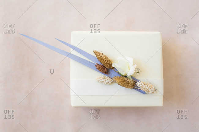 Craft flowers on a gift box