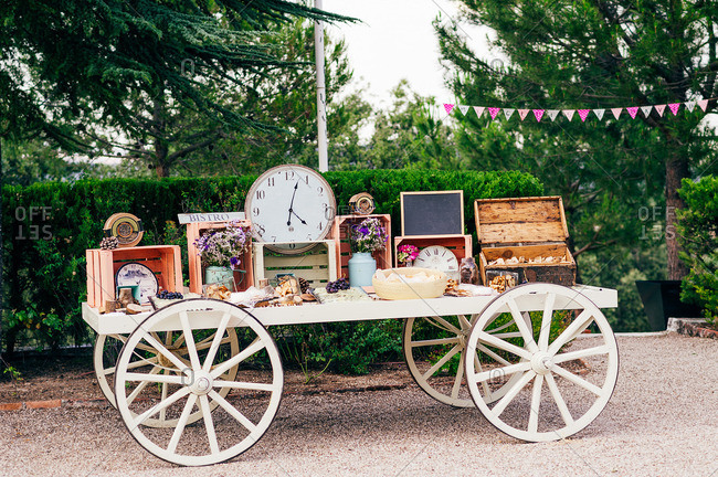 Wagon decorated with clocks and crates