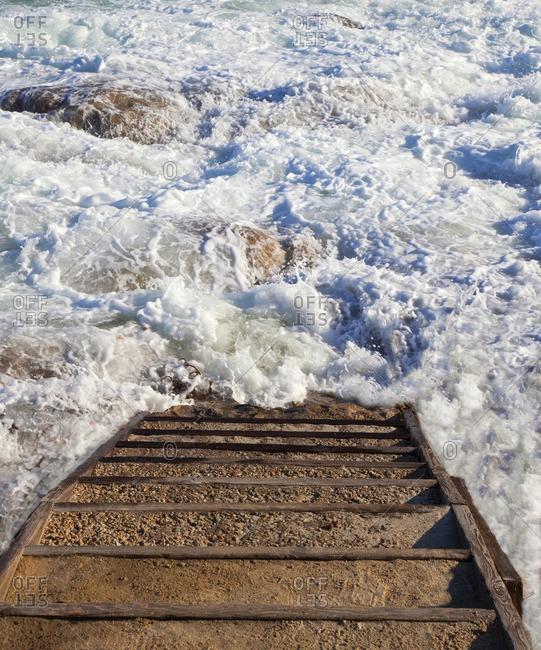 Stairway to ocean surf