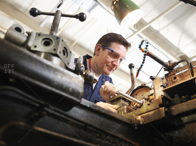 Experienced Engineer With Lathe