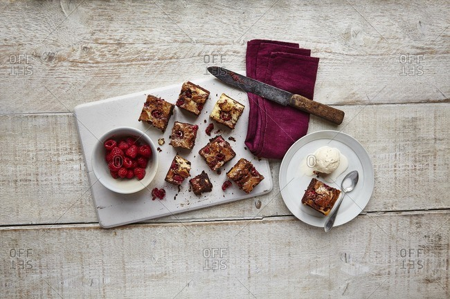 Brownies with raspberries and ice cream