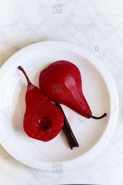 Poached red pears
