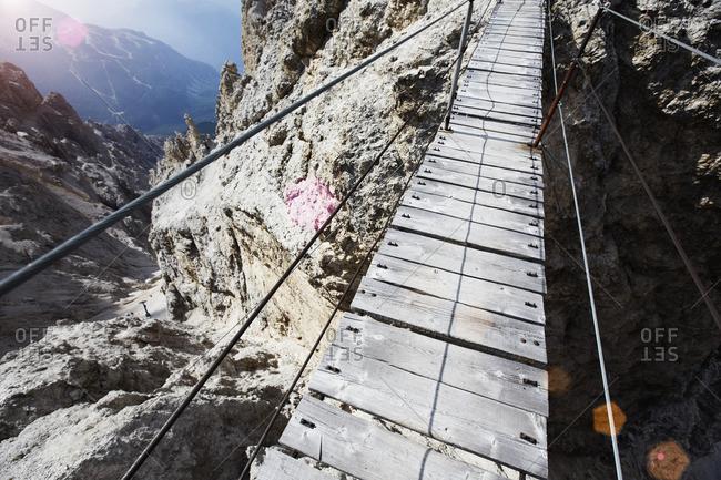Suspension bridge, Monte Cristallo, the Dolomites, Cortina d Ampezzo, Veneto, Italy