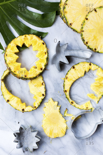 Pineapple slices with cut outs