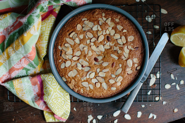 Lemon cake with chopped almonds from above
