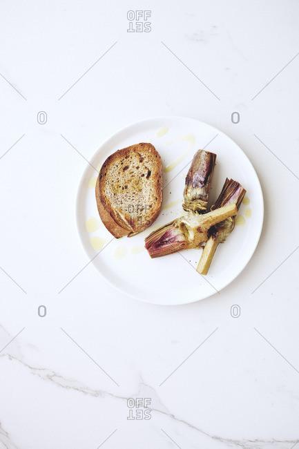 Braised artichokes and bread