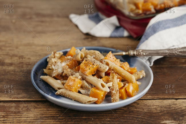 Pasta with cheese and pumpkin