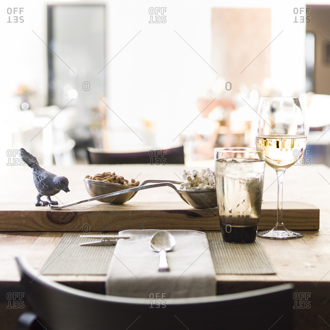 Place setting for informal lunch