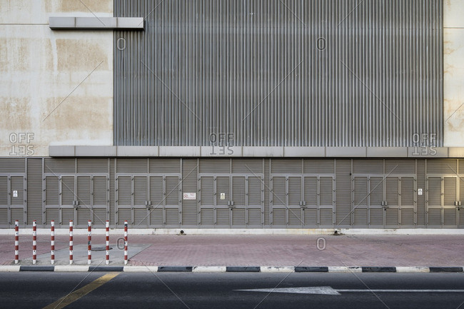Linear grates on modern building, Dubai
