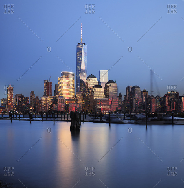 Manhattan view of the New York Skyline and the One World Trade Center from New Jersey at night