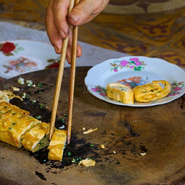 Serving a Vietnamese Omelet