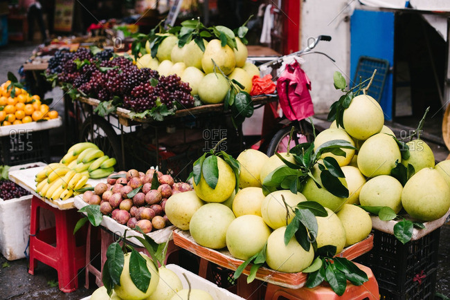 Fruit for sale in outdoor market, China