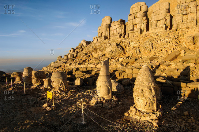 Large statues erected around the assumed tomb of King Antiochus from the 1st century BC