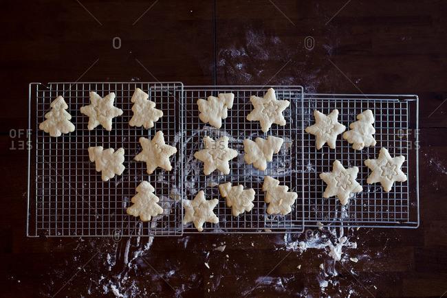 Festive cookies cooling on rack