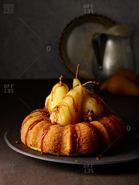 Bundt cake with pears, caramel and a star anise