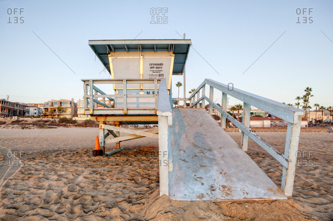 A Closed Lifeguard Station On Manhattan Beach