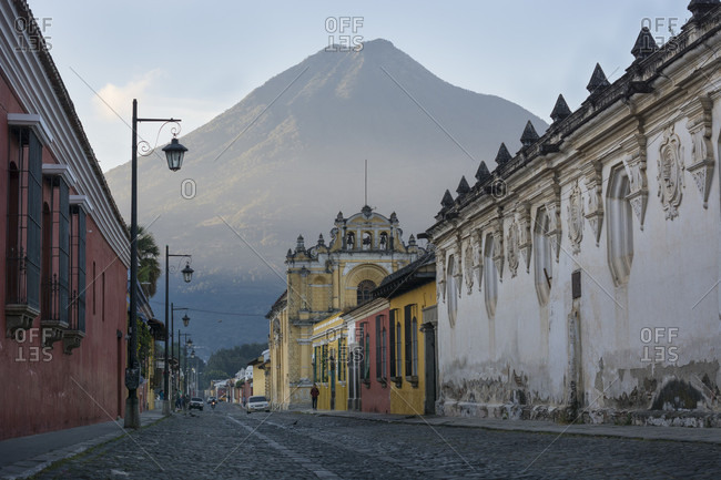 Antigua, Sacatepequez, Guatemala - December 30, 2015: Streets Of Volcan De Agua In Antigua, Guatemala