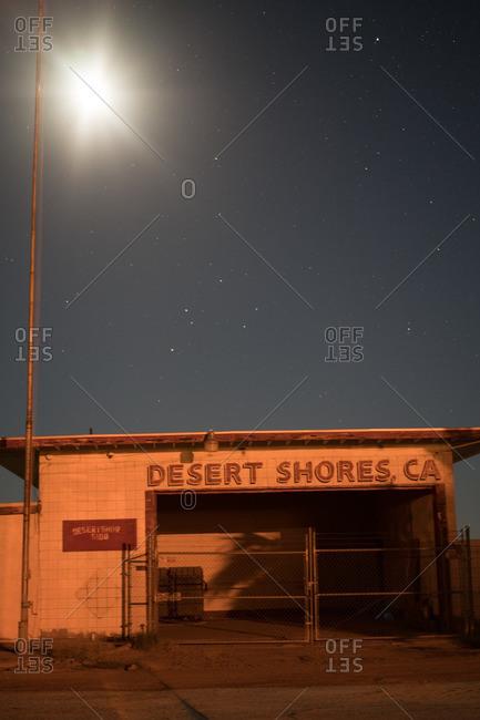November 19, 2016 - Desert Shores, California: Abandoned auto shop in near the Salton Sea