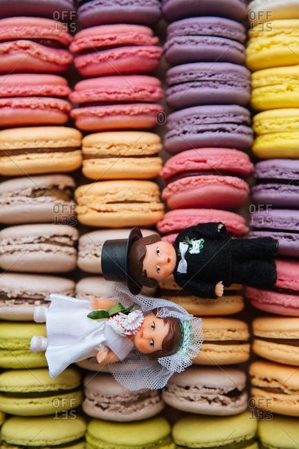 Bridal cake toppers on macaroon cookies