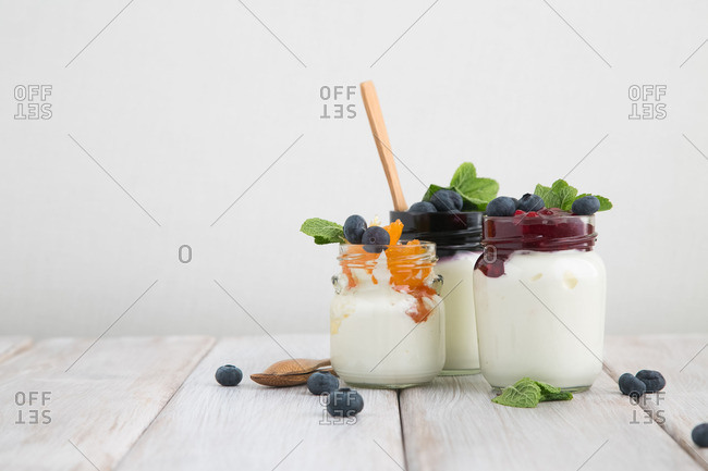 Fruit and jelly with yogurt