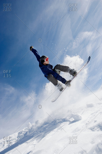 Male snowboarding on mountain