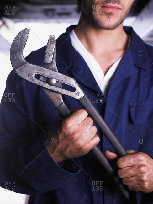 Close up of mechanic's hand