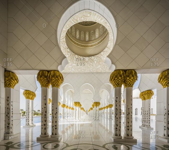 Sheikh Zayed Grand Mosque, Abu Dhabi:  the arcades near the inner courtyard