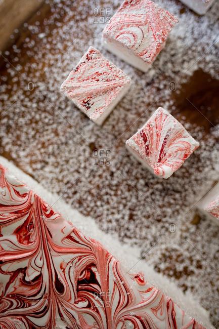 Marshmallow swirl dessert bars