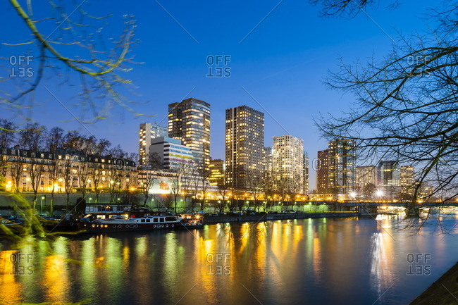 France, Paris, Beaugrenelle district, nighttime
