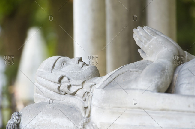 France, Paris 20th district. Pere Lachaise cemetery. Grave of Heloise and Abelard. The recumbent statue of Heloise of Argenteuil