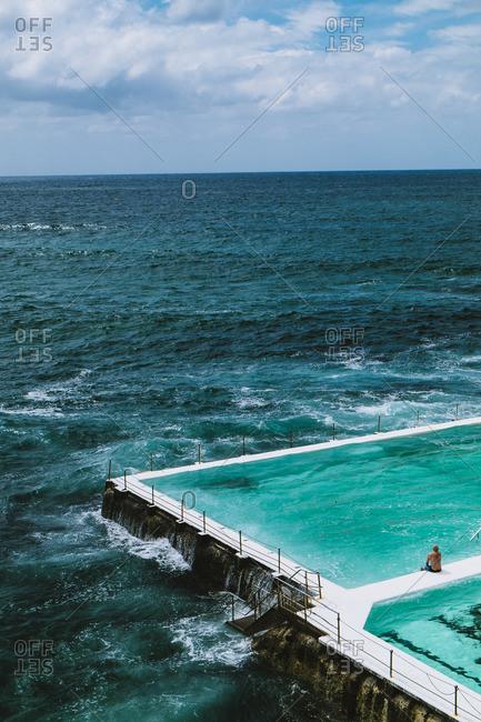Pool overlooking ocean, Sydney, Australia