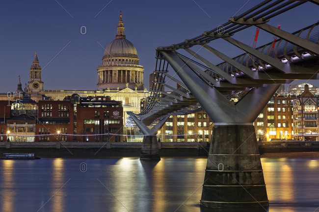 UK- London- St Paul's Cathedral and Millennium Bridge at night