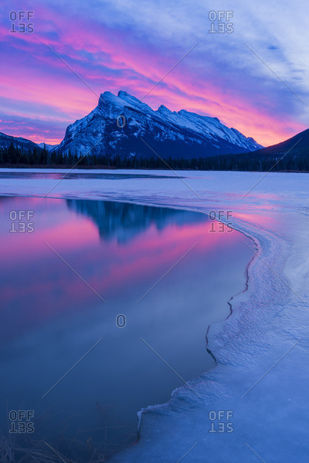 Spectacular dawn light, Mount Rundle, Banff National Park, Alberta, Canada