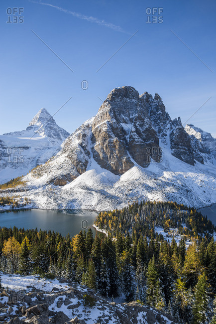 Mount Assiniboine and Sunburst Peak, Sunburst and Cerulean Lake, Mount Assiniboine Provincial Park, British Columbia, Canada