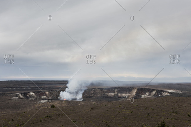 Kilauea Crater, Volcanoes National Park, Hawaii