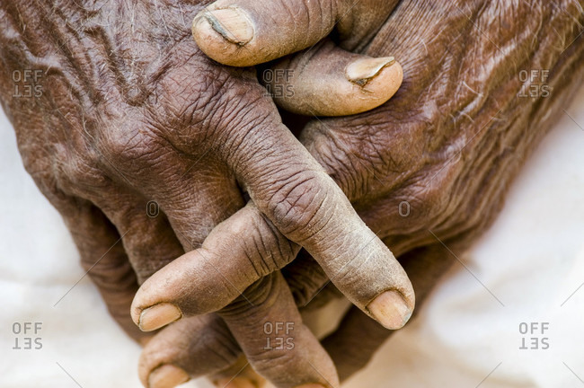 The hands of an elderly woman laborer in the village of nimaj