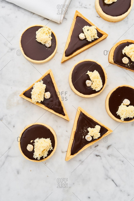 Circle and triangle shaped cakes