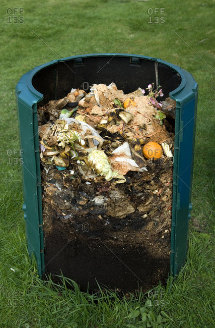 Cross section of compost bin