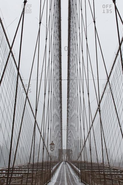 Snow view of the Brooklyn Bridge