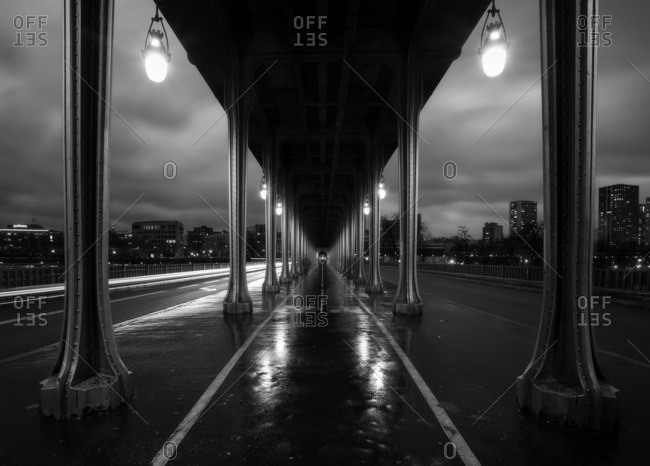 Perspective view of Bir Hakeim bridge. Paris, 'le-de-France , France
