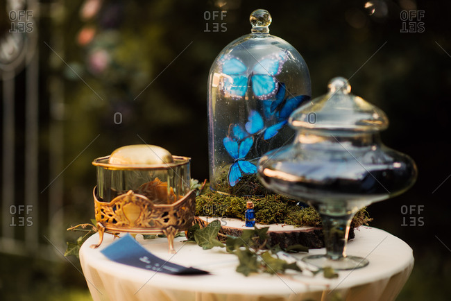 A table with decorations for wedding