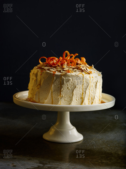 Cake with citrus zest and almonds