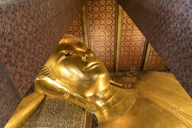 Thailand- Bangkok- reclining Buddha at War Pho temple